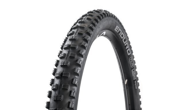 Wolfpack Enduro Folding Tire 29x2.4 Tubeless Ready ToGuard Compound Black